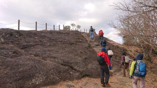 岩見ヶ丘公園の頂上近く